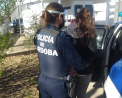 Mujer-detenida-privación-libertad