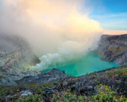 lago-hirviente-sitios-peligrosos-mundo-1024×683-1